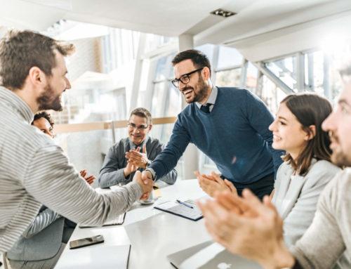 Entenda como o reconhecimento profissional influencia a retenção de talentos